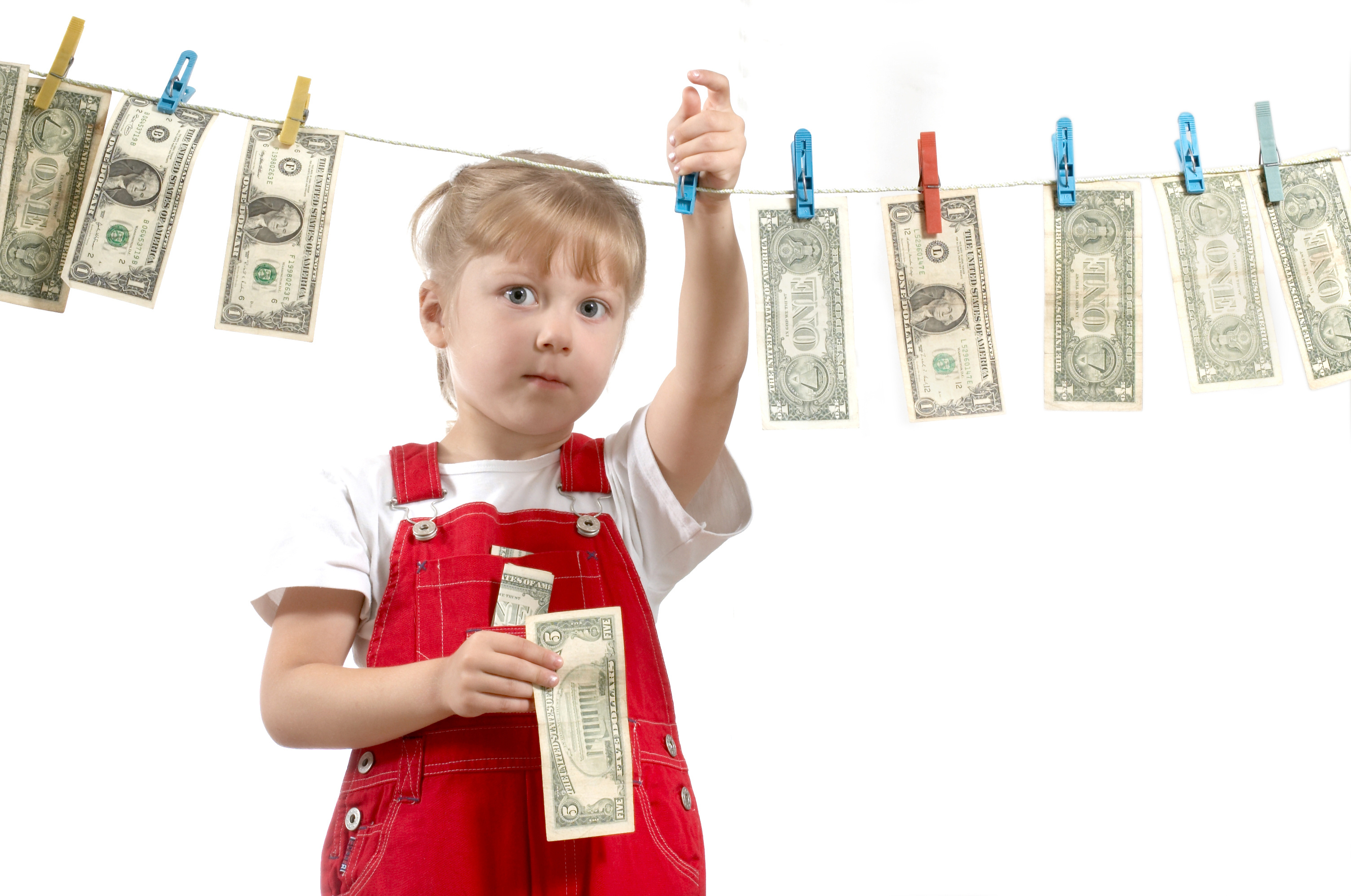 How to Teach Your Child(ren) about Spending and Saving Money