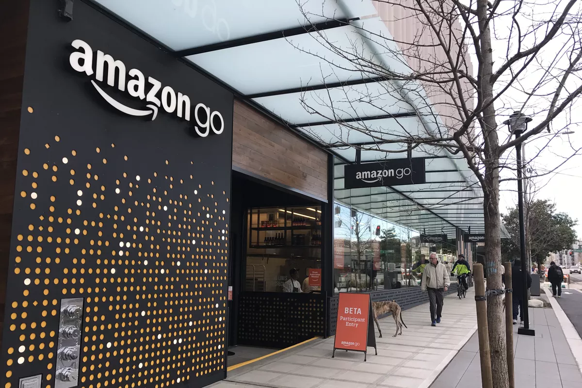 "First ""Amazon Go"" Launched in New York is Cashier-Less"