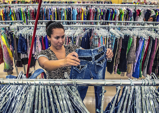 3 Tips for Shopping at a Thrift Store to Save Money