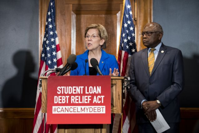 Elizabeth Warren Thinks Trump's Pick for Student Loan Watchdog is Corrupt