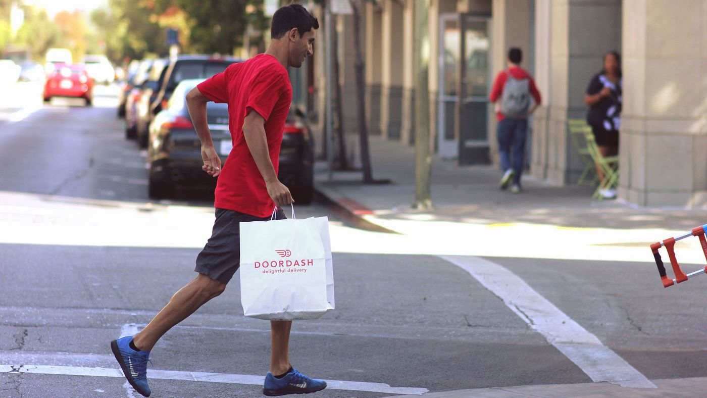 You Might Want to Reconsider Using DoorDash, Grubhub, and other Food Delivery Companies